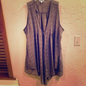 Cute Cabi Sheer Top / Vest Super Versatile!
